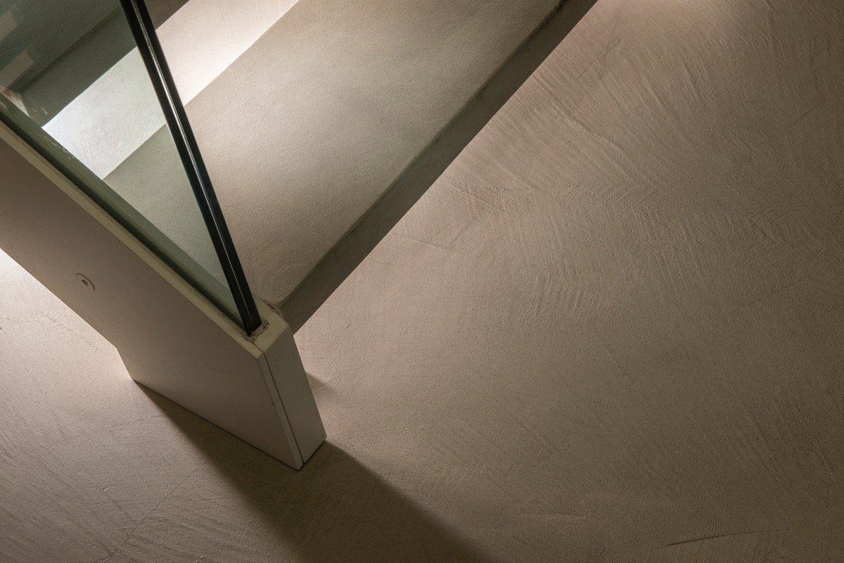 Pavimento effetto micro-cemento